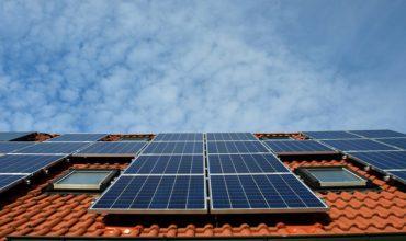 Panneaux solaires avec Energie Solaire PACA