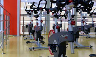 Hotform, Salle de sport avec poids libres