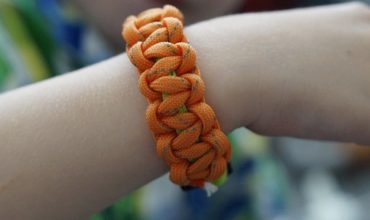 Comment choisir son bracelet de survie?
