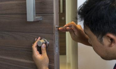 Sécuriser sa maison: Pourquoi s'adresser à un serrurier professionnel?